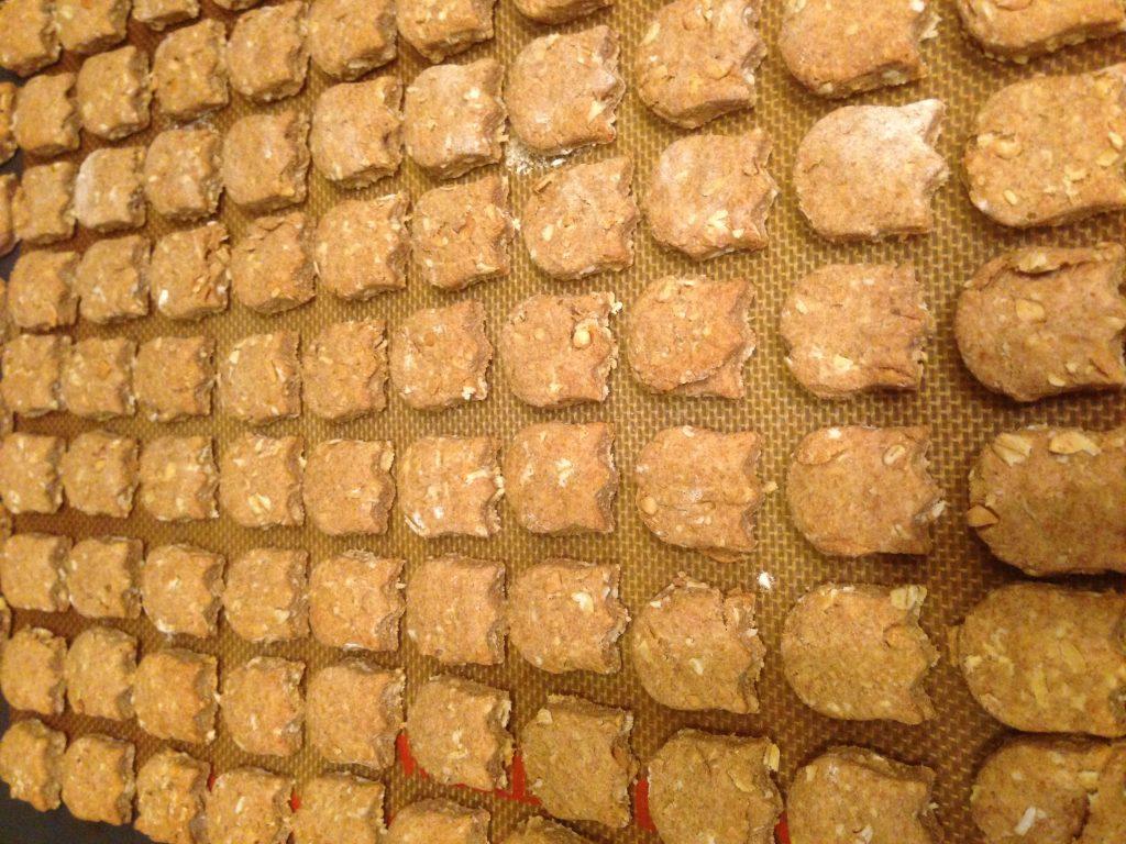 Peanut butter oat dog treats